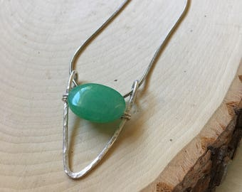 Silver and Jade Necklace. Simple. Classy. Hammered. Minimal.