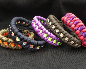 Customizable Fishtail Weave Survival 550 Paracord Bracelet with Stripe (your choice of colors and size)
