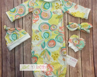 Baby gown, knot hat, and no scratch mittens, newborn set, girl baby, yellow & mint floral