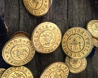 "WoW - Twenty Five (25) Antique Brass Philadelphia Police 1"" and 1/2"" Brass Buttons Waterbury with Crest"