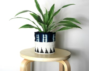 Mudcloth Planters / African Mud Cloth Plant Pots / Half and Half Unique Planter Bogolanfini Ethnic Textile Indigo Gray Black White Organic