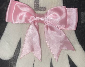 Initial bow gloves