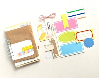 Mini Gratitude Journal, 30 Lists Challenge, Mixed Media Journal, Mini Book, Journal,  Mini Album, Scrapbook, Notebook . Office Ephemera