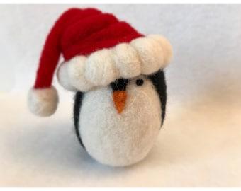 Needle felt, needle felted pengiun, santa penguin, Christmas