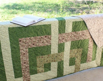 """Green King Quilt, Home Decor, Home and Living, Modern Quilt, Sage green, Handmade Quilt, Bed Quilt, Contemporary Quilt, 94"""" x 116"""","""