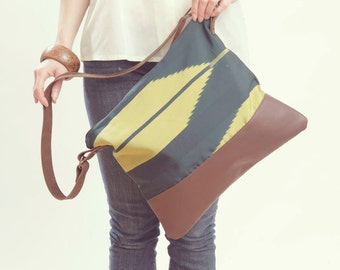 CHEVRON BAG. Leather Purse. Forest Green Bag. Cross Body Strap Bag.