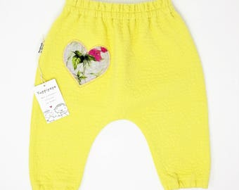 Jersey trousers, newborn pants, size 6/9 months, yellow, heart
