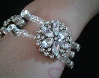 Sliver flower gem slider bracelet