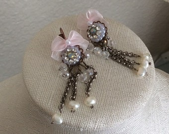 Earrings  Dangle Victorian Shabby Chic Handcraft