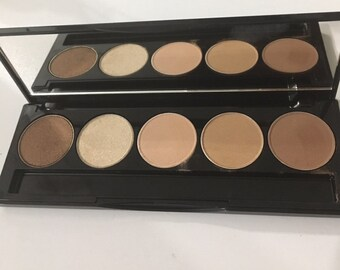 Brown Eyeshadow Palette -5 wall - Designed by makeup artist MADE IN CANADA