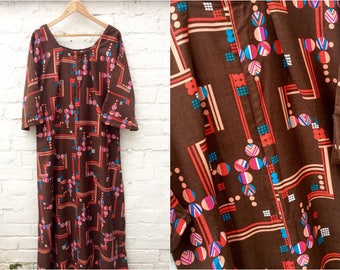70's handmade gown, women's vintage dress, bold retro pattern