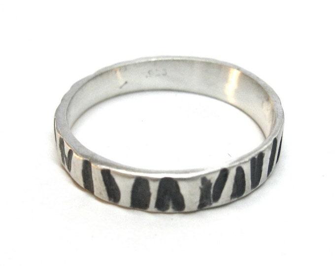 Thin Zebra Print Ring With Black/Grey Detail