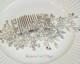 Bridal Hair Comb Vine, Wedding Crystal Hair Piece, Pearl Cluster Comb, Silver Rhinestone Leaves Hairpiece, Hair Vine, Bride Hair Jewelry