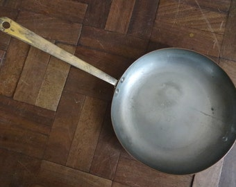 Vintage English copper hanging griddle frying pan saucepan cooking pot circa 1950-60's / English Shop