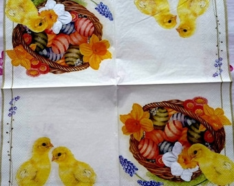 Chicks and eggs napkin