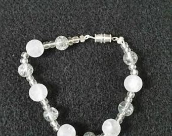 "Frosted white ""pearl"" bracelet"
