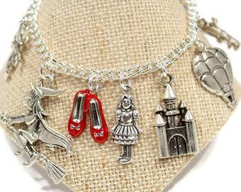 Children's Wizard of Oz Bracelet  Girls Wizard of Oz Charm Bracelet  Ruby Slippers Charm Dorothy  Toto-Cowardly Lion  Scarecrow Tin Man G46