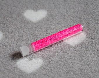 Very fine glitter neon pink tube