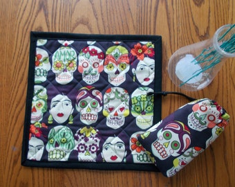 Pouch and Quilted Table Mat   Gotas de Amor