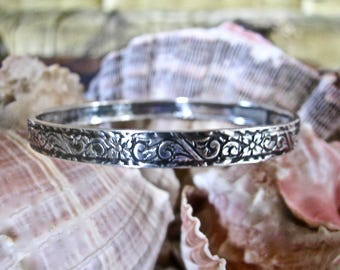 Beau Sterling Bangle Floral Pattern Petite and Delicate