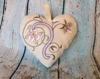 Mother's Day gift, Irish linen Lavender sachet, Linen Lavender Hearts, lavender sachet, French Lavender sachet