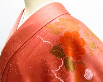 Authentic Silk kimono, Vintage Kimono,  floral kimono, orange, red, Silk japanese dress, Japanese style, Japanese Fashion