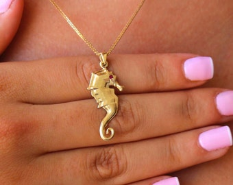 Solid 14k gold necklace, Gold seahorse necklace, 14k gold pendant, Necklace 14K solid gold