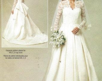 Womens Wedding Gown Optional Train and Bustle DIY Wedding Dress Butterick Sewing Pattern B5731 Size 14 16 18 20 Bust 36 38 40 42 UnCut