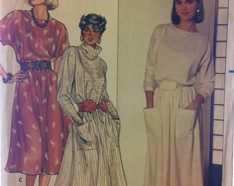 UNCUT Sewing Pattern Butterick 6681  Misses' Pullover Dress Size 8-10-12 Bust  30-32-34  Inches Complete