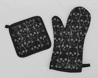 Black Skulls Oven Mitt and Pot Holder, Sets and Singles