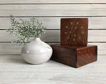 Small white vase / white weed pot vase / vintage weed pot / iridescent white vase