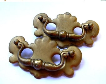 Clearance Sale Vintage Hardware Lot - Drawer Pull 3 and half inch Screw Space - Lot of Drawer Pulls