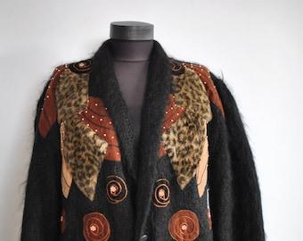 Vintage HANDMADE women's cardigan ...........(035)