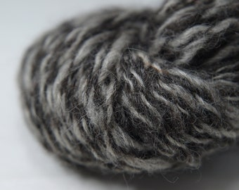 154 yards natural greys handspun yarn, 4 oz.