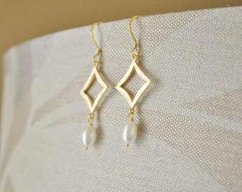LAST ONE- Gold Geometric Earrings - Pearl Earrings, Diamond Shape Dangle Earrings, Simple Gold Earrings, Gemstone Earrings