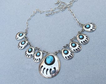 Vintage 1980's Native American Navajo Sterling Silver Bear Claw Shadow Box Necklace