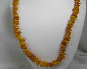 Vintage Honey Butterscotch Polished Baltic Amber Graduated Chunk Necklace