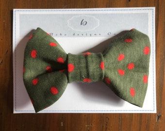 Green spot boy bow tie