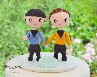 Star Trek Cake Topper with Stand / Kirk and Spock Wedding / Gay Marriage