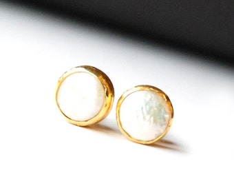 Boucles d'oreilles de perles, fait avec la livre sterling argent couché 18K or vermeil, perle post boucles d'oreilles, grosses boucles d'oreilles perle, grandes boucles d'oreilles perle, pièce de monnaie