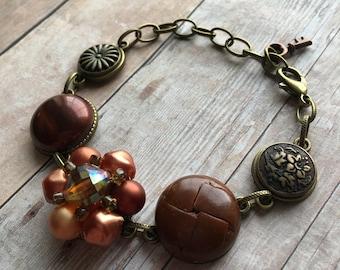 Orange/Copper Vintage Earring & Button Bracelet, Vintage Jewelry, Recycled Jewelry, Vintage Bracelet, Adjustable Bracelet, Button Jewelry