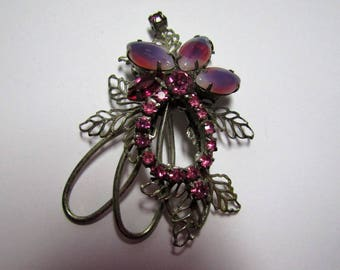 Beautiful Lavender and Pink Vintage Brooch and Clipon Earring Set