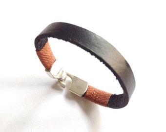 Leather mens black cuff, Men bracelet silver clasp, leather men's bracelet, leather Wristband, Silver mens leather cuff Boyfriend gift
