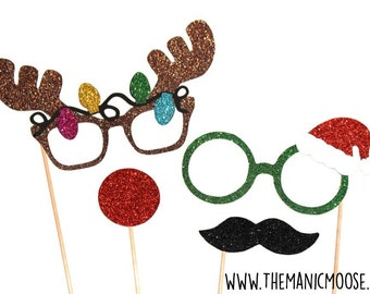 Christmas Photo Booth Props ~ 4 piece set ~ SANTAS HELPERS ~ GLITTER Photobooth Props