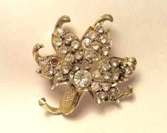 1950s Large Clear Rhinestone Flower Brooch, Vintage Jewelry, Crystal Rhinestones