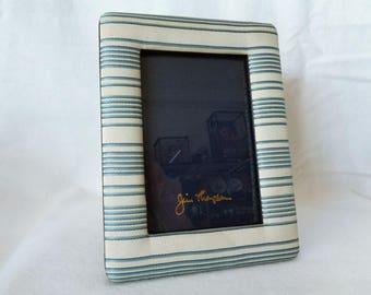 VJ601 :Photo frame Jim Thomson silk photo frame ,Hand made in Thailand