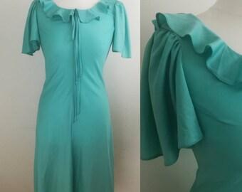 1960s Dress Green Dress Size 12 /Vintage Clothing Women/Vintage Dress/Flared Skirt,Short Sleeved. Calf Length Dress, Bust 38
