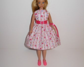 Cute dress for barbies' sister skipper ( vintage & modern dolls ) Handmade barbie clothes