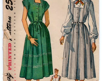 """1940's Simplicity Maternity Dress, Jumper and Blouse Pattern - Bust 34"""" - No. 2459"""