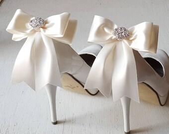 Shoe Clips, Bridal Shoes Clips, Rhinestone Shoe Clips, MANY COLORS, Bow Shoe Clips, Clips for Wedding Shoes, Bridal Shoes, Shoe Jewelry